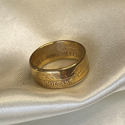 1986 East Caribbean States One Dollar Coin Ring