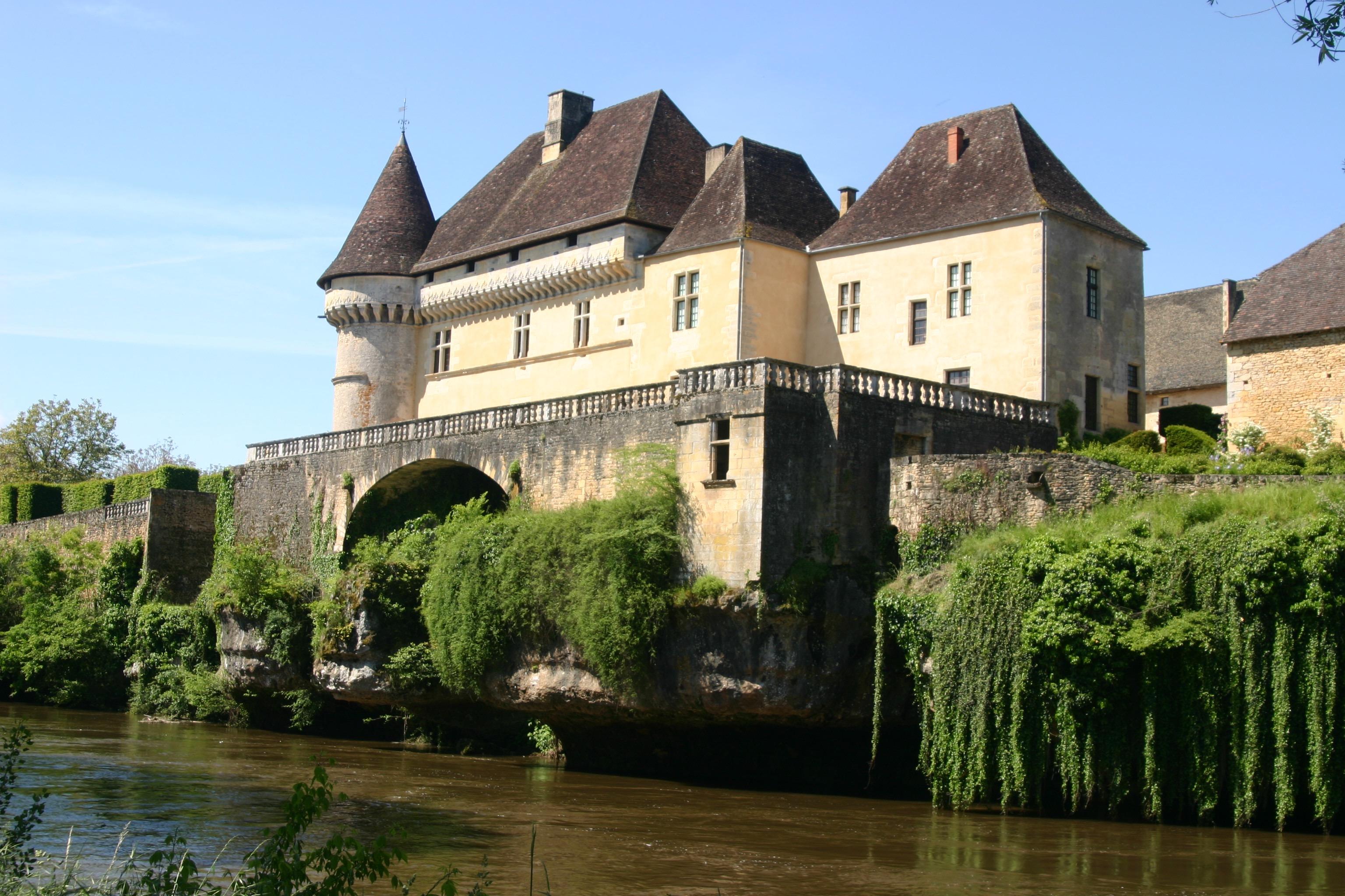 Chateau Losse