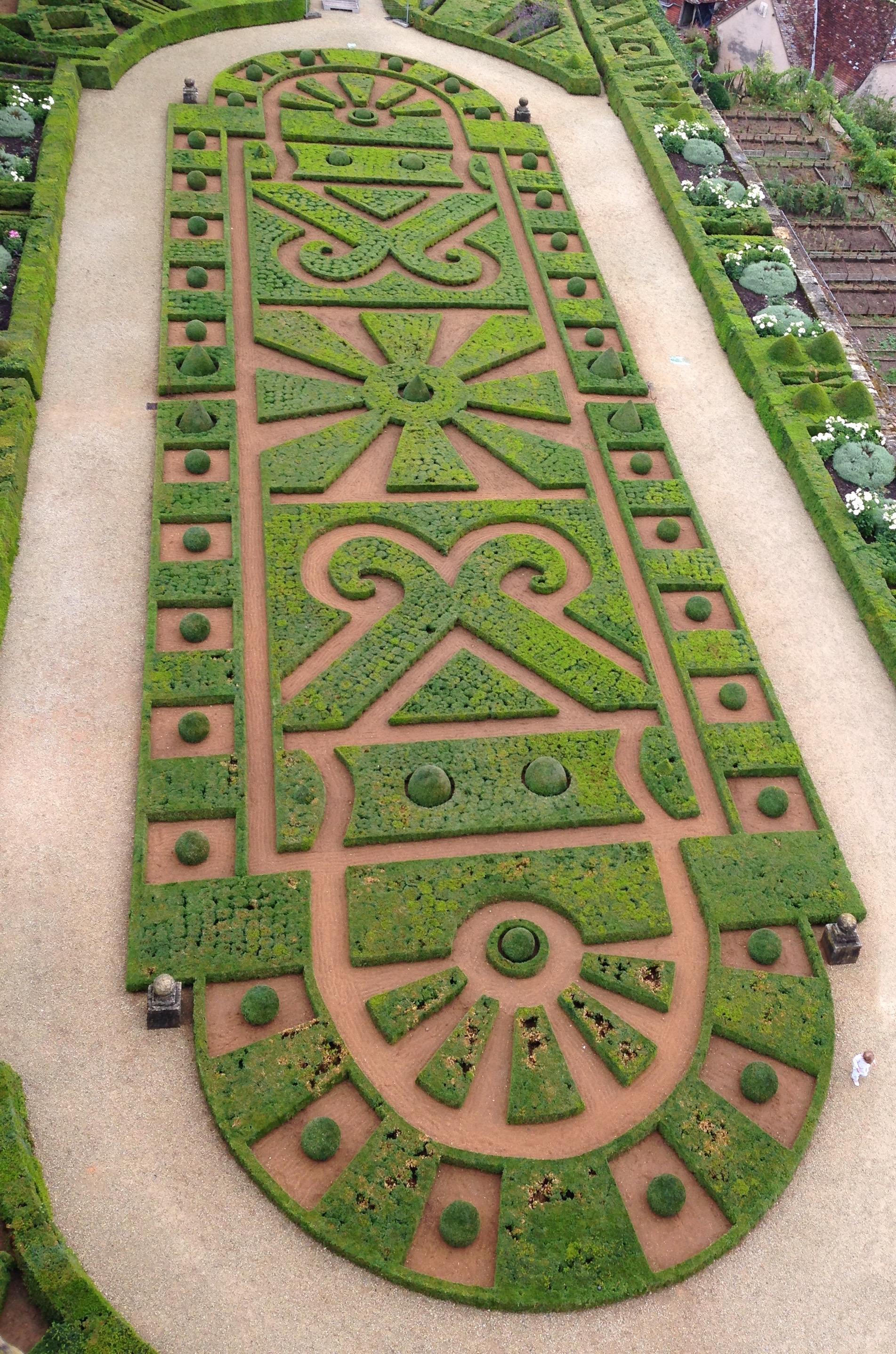 Hautefort Gardens