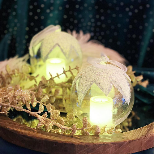 Signature Candlelight Christmas Balls