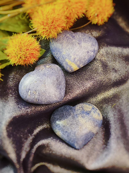 Dumorietrite Hearts for Stimulating the Pineal Gland