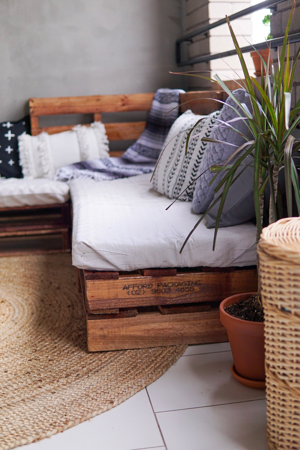 cheap diy outdoor furniture