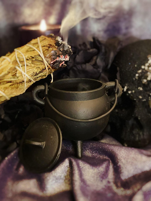 Cauldron for Magical Brewing & Witchy Herb Mixtures