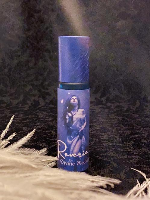 Reverie Perfume to Awaken the Daydreamer Inside