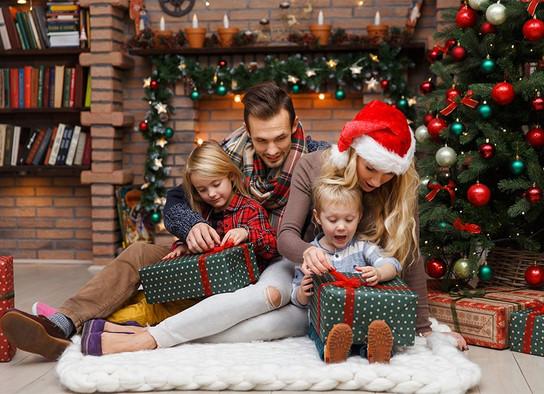 Karácsonyi_Család_2.jpg