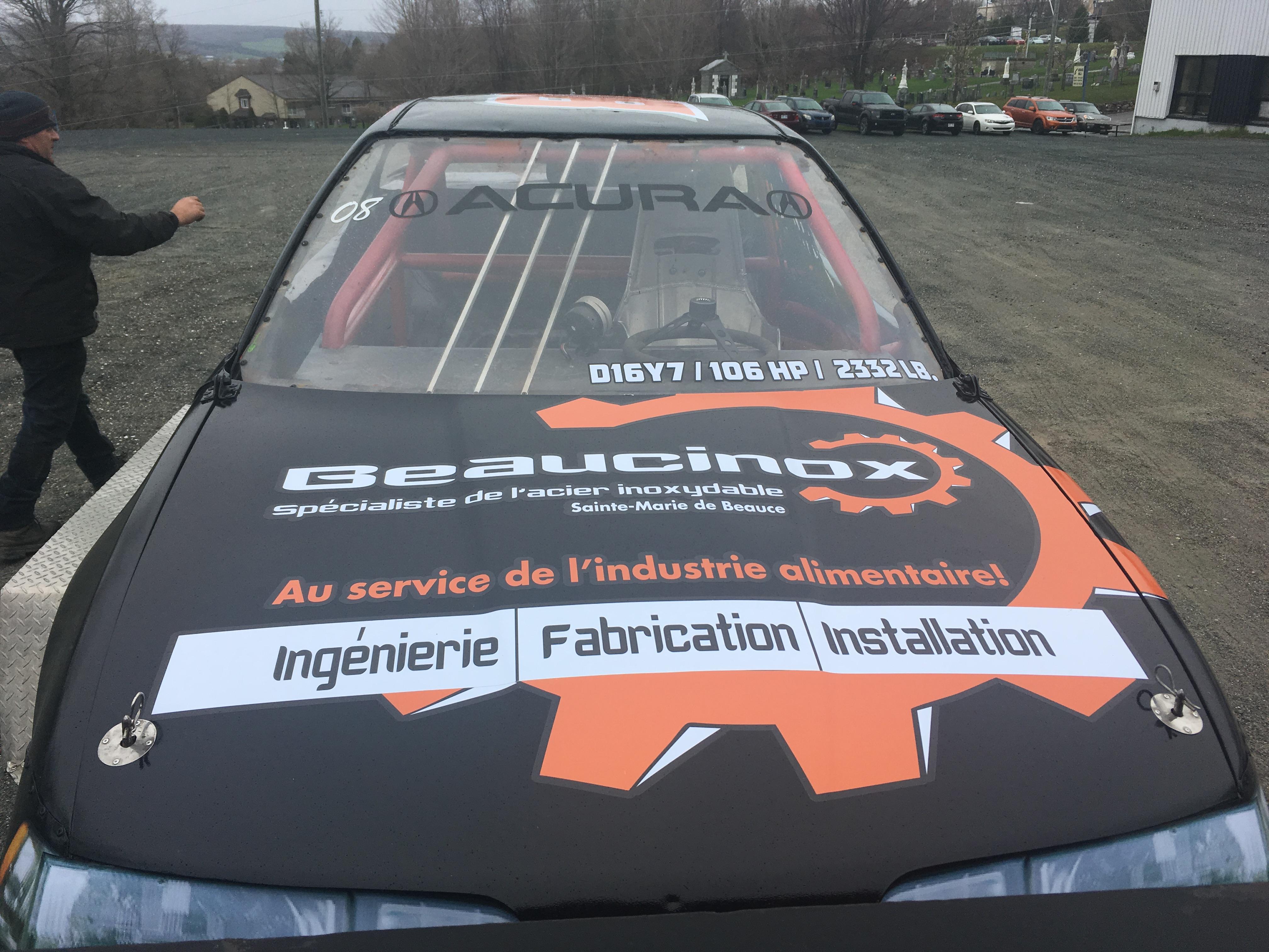Auto de Course #08