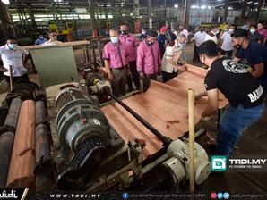 Permint Plywood Catat Hasil Membanggakan