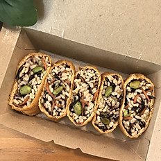 Yuzu Inari Hijiki Sushi