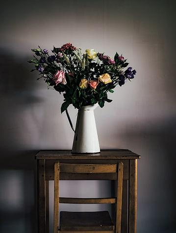 tisch vase blumen.jpg