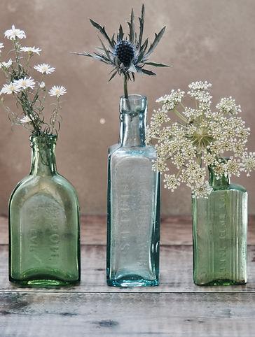 blumen in vasen james-cousins-385610-uns