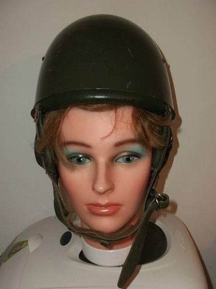 NVA Fallschirmjäger Helm