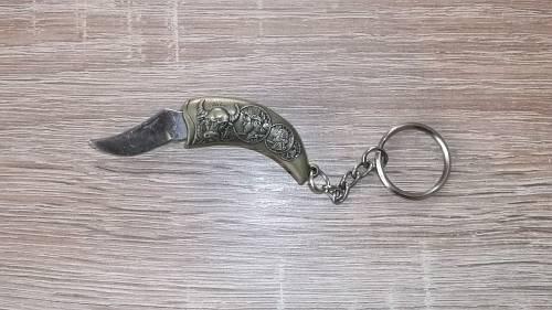 Schlüsselanhänger Messer Wikingerkelch