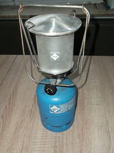 Gaslaterne Camping Gas Lampe mit Schraubverschluß