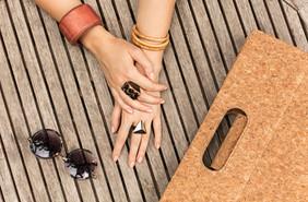 Wholesale Accessories Wholesale Bali   Sunglasses, Keyrings, Jewellrey, Bags, Bracelets
