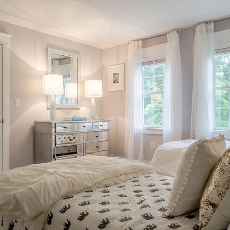 MASSACHUSETTS RESIDENCE - Guest Bedroom
