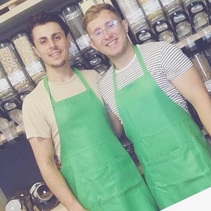 Orhan Bro und Dimitrij Nikulicev sind die Gründer des Unverpackt Ladens Bio-Provinz