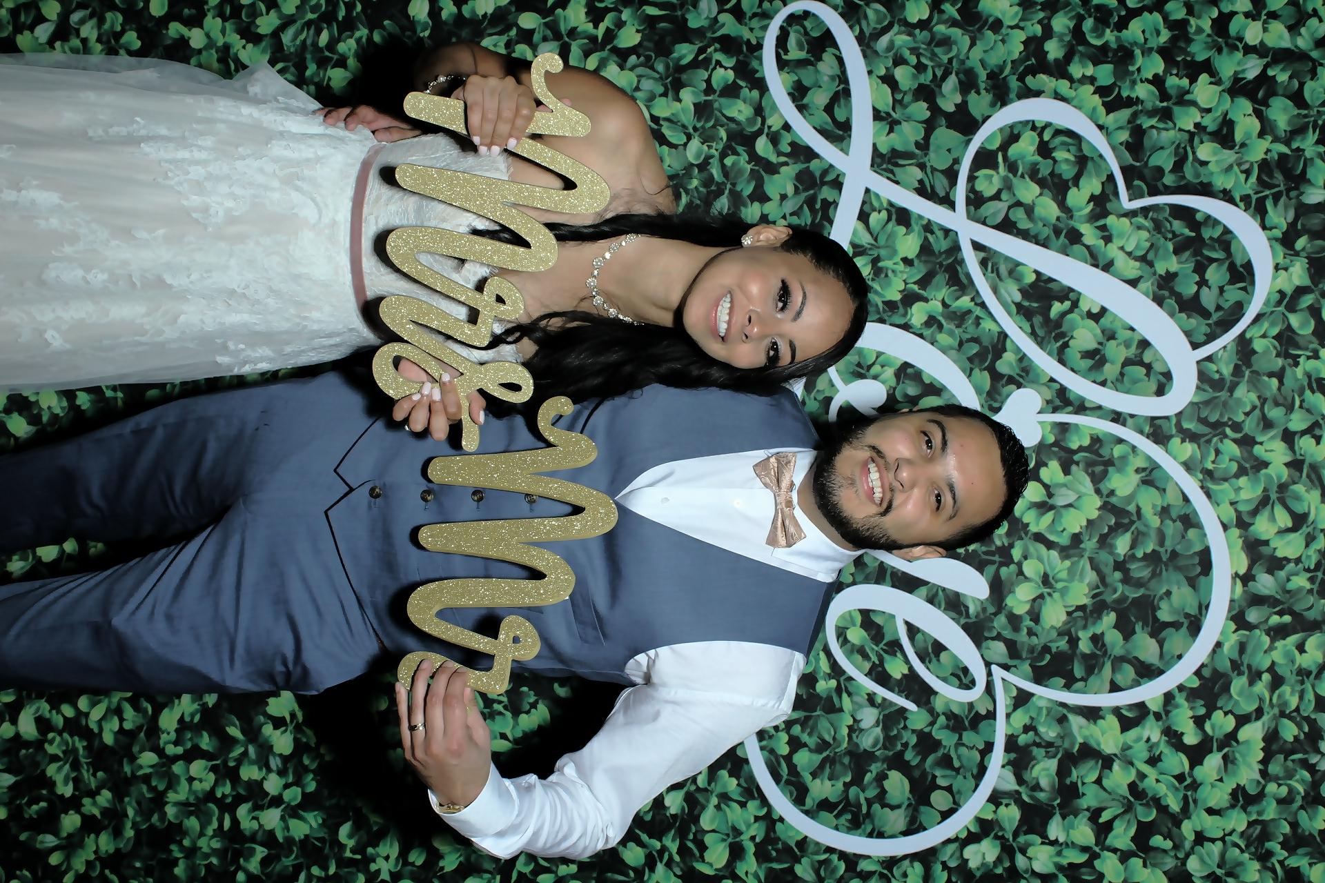 Wedding Photo Booth Fun!