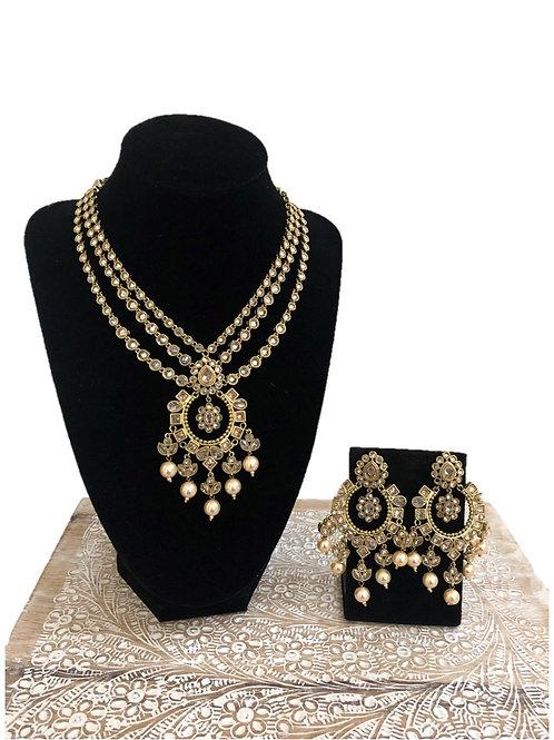 Faiza necklace
