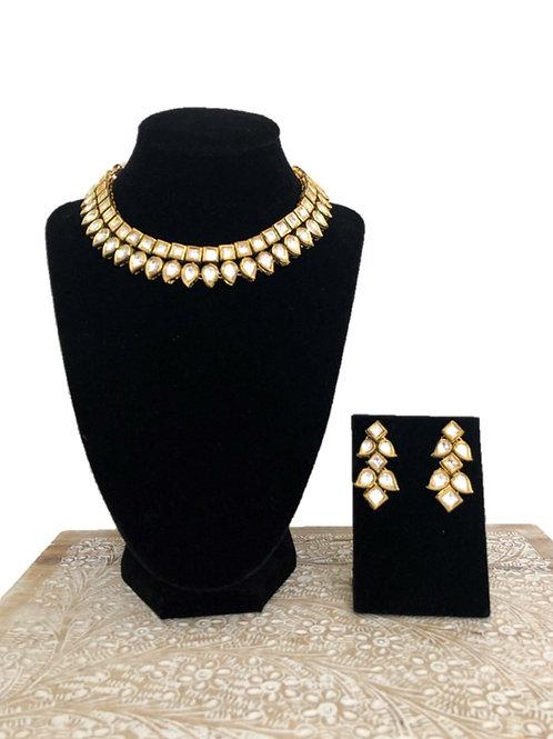 Anika kundan necklace