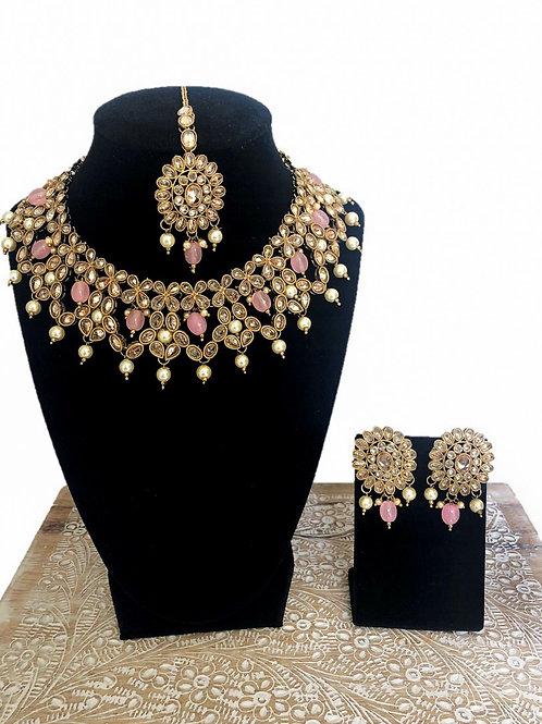 Sarika necklace