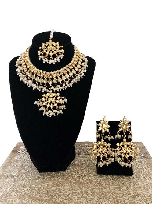 Asha kundan necklace
