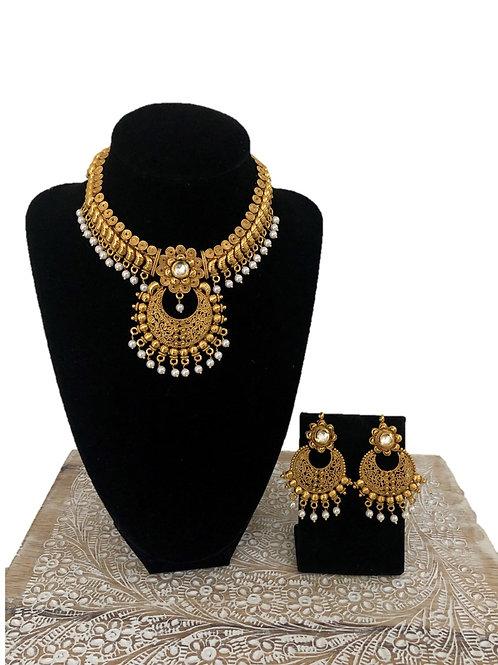 Nila necklace