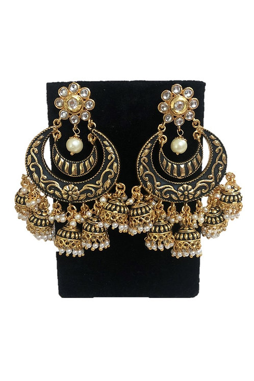 Black Shreena earrings