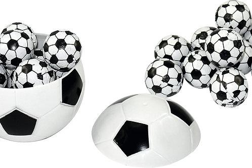 Fußball mit 11 Schoko-Fußbällen
