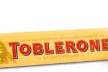 Toblerone Schokoriegel im Werbeschuber