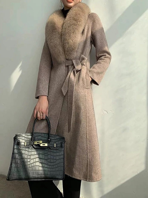 Martha Cashmere coat with detachable stole