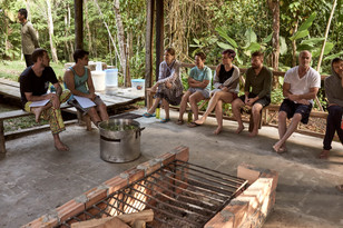 SittinSitting in the Vapor Hut - Learning About Traditional Shipibo Plant Medicine Treatments - Plant Spirit Communicationg in the vapor hut - learning about traditional Shipibo plant medicine treatments