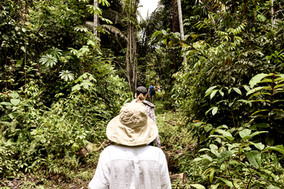 Jungle Walk - Exploring the Amazon Rainforest on our Shipibo Ayahuasca Plant Spirit Healing Retreat in Peru - Casa Galactica