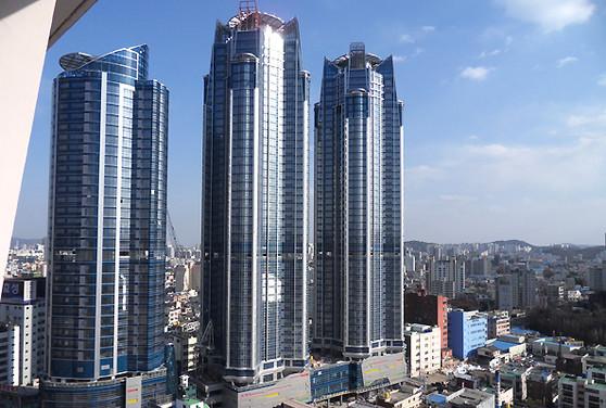 Exllu Tower