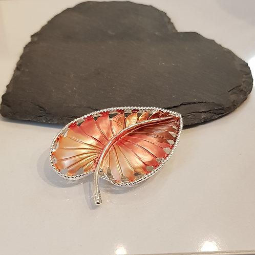 Autumnal leaf magnetic brooch