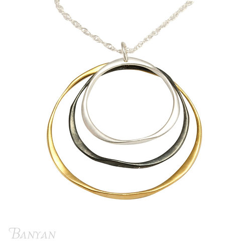 Three tone circular Necklace
