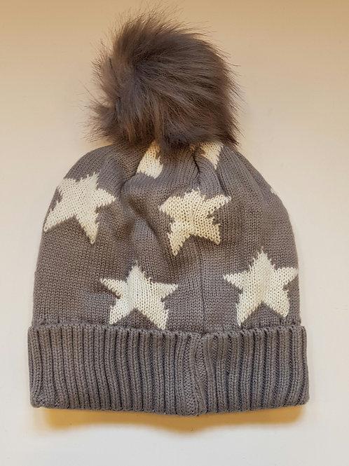 Star bobble hat