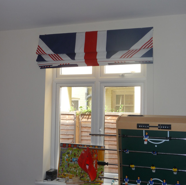Union Jack blind (up)
