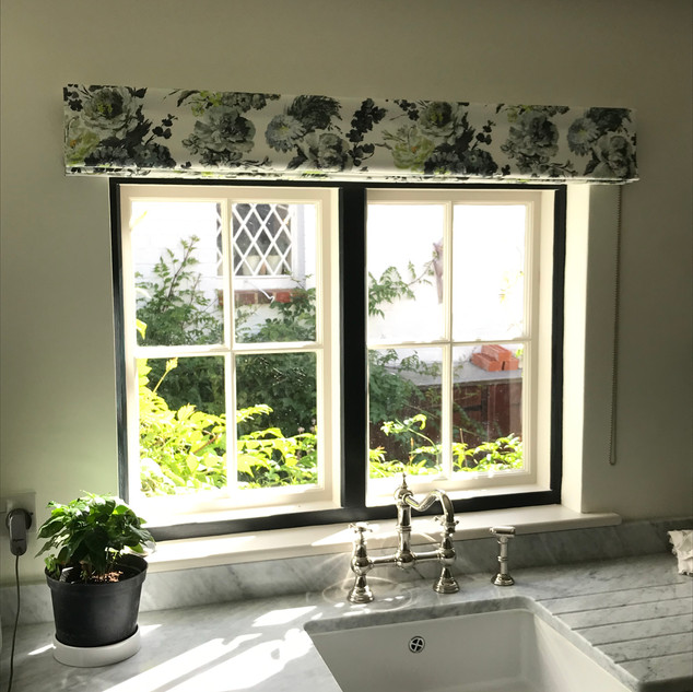 Smart florals in the utility room
