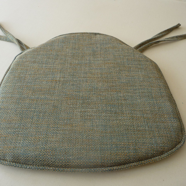 Chair seat pad with ties