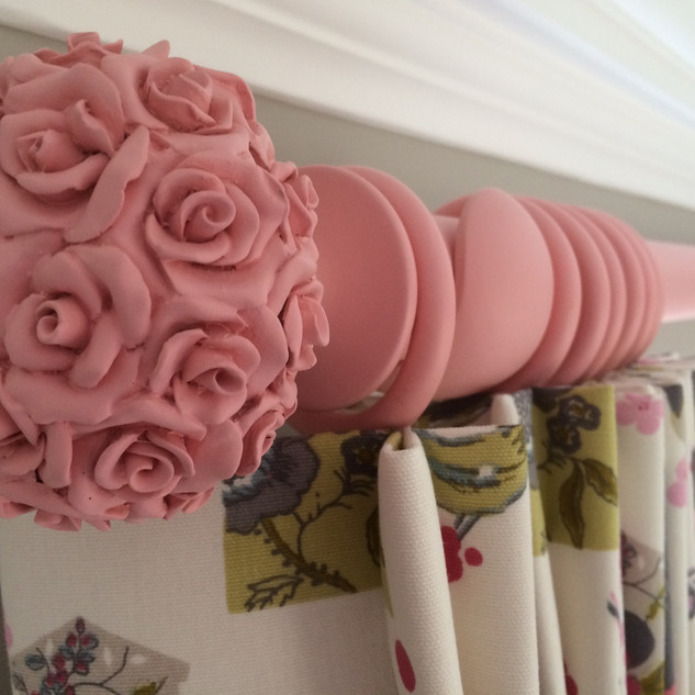 Colour matched pole with rose detail finial