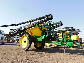 Sprayer With Booms