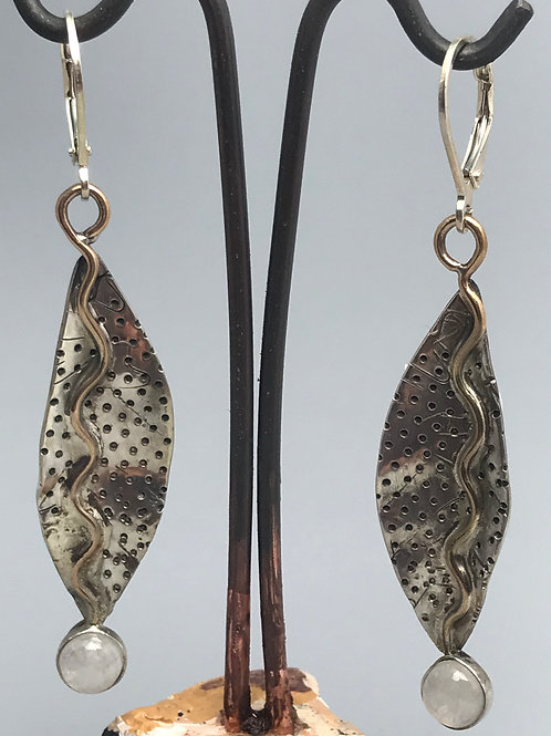 Long textured leaf with gold earrings