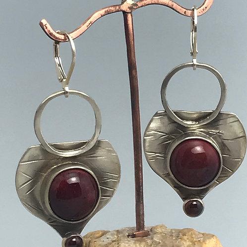 Odone Earrings-Peachbloom with garnets
