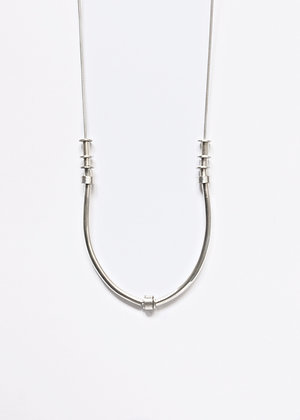 Hommage necklace - white