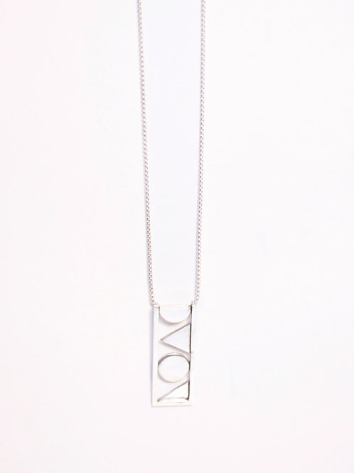 The artist necklace