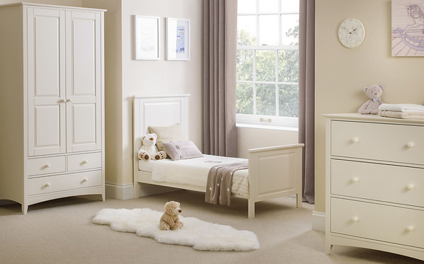 Nursery / Kids Bedroom