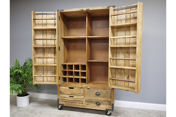 Large Wine / Spirit Cabinet - 2 Door 4 Drawer