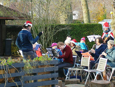 Bath Community Orchestra brought Festive Cheer to the Alice Park Café