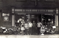 Unity Shop. Pete far Right.