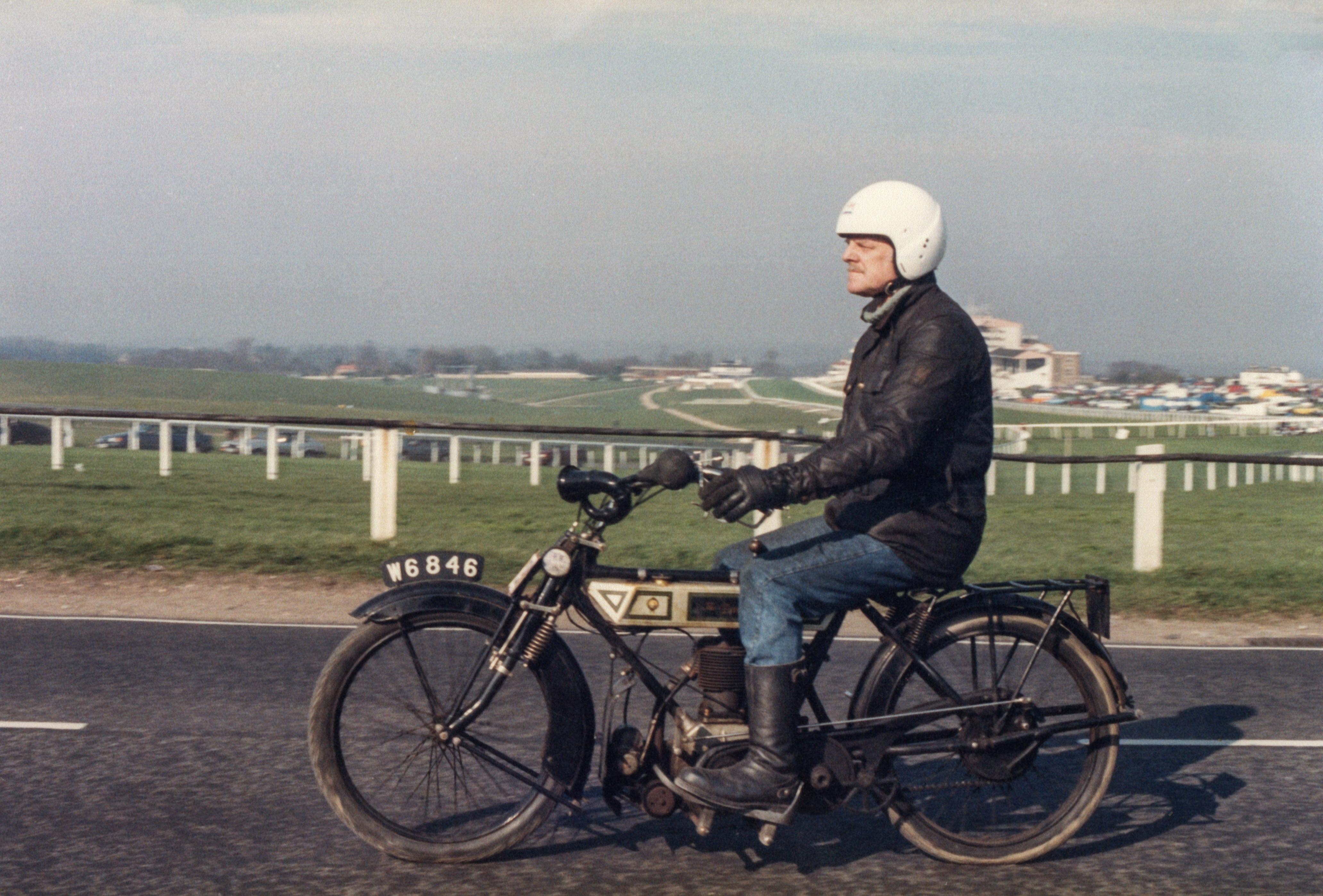 Pete Royal Enfield Banbury Run